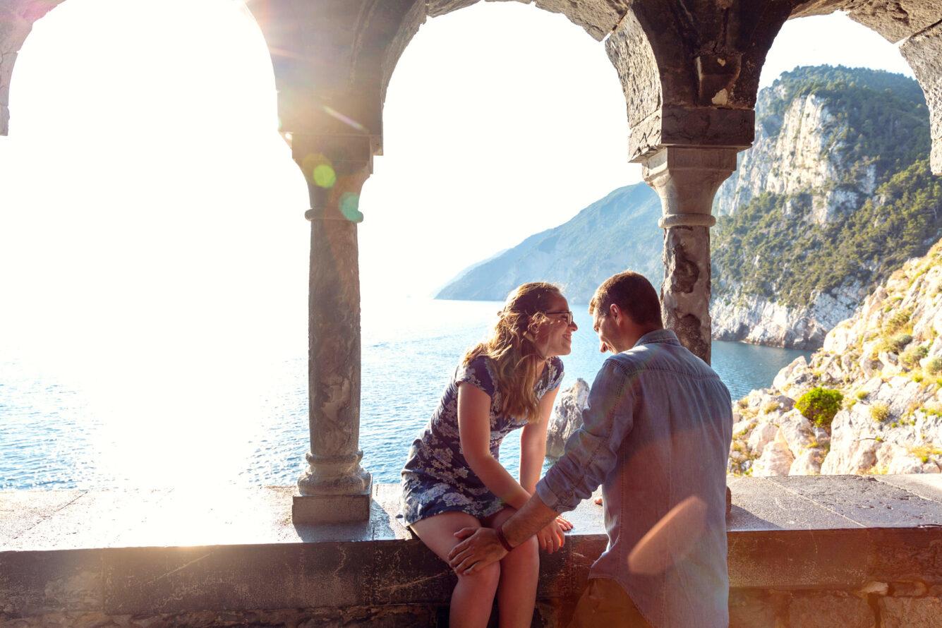 engagement Portovenere Cinque Terre servizio fotografico honeymoon in Italy